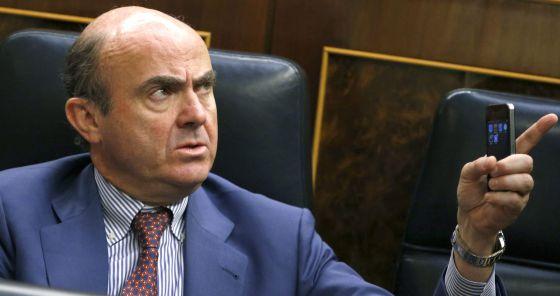 El ministro de Economía y Competitividad, Luis de Guindos, el pasado jueves, durante el debate del decreto del fondo de liquidez.