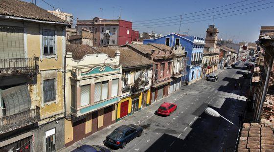 Una calle del barrio de El Cabanyal en Valencia.