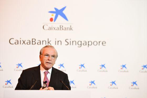 El presidente de CaixaBank, Isidre Fainé, hoy en Singapur.