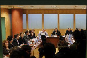Reunión de los sindicatos de función pública y la Junta en noviembre de 2010.