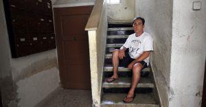 Un habitante del barrio vallecano de Entrevías.