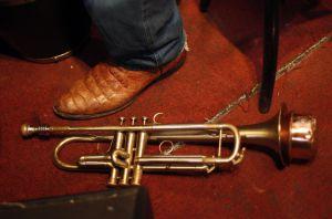 La trompeta y el pie de Jerry González, en una actuación en 2010.