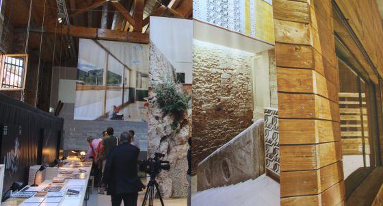 Interior del pabellón que presentan las comunidades de Cataluña y Baleares en la Bienal de Arquitectura de Venecia.
