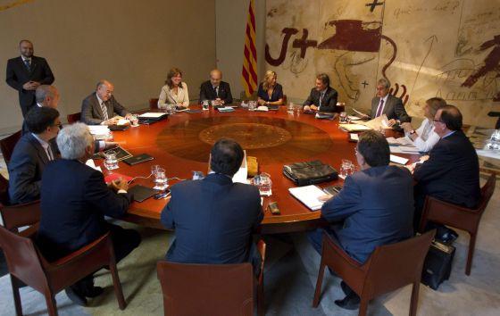 Reunión de ayer del Gobierno catalán en la que se acordó pedir el rescate.