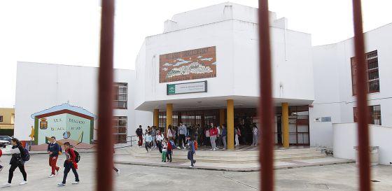Instituto público de la provincia de Sevilla.