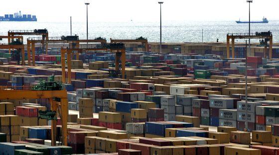 El 38% de la cocaína incautada desde 2008 estaba camuflada entre los contenedores que llegan al Puerto de Valencia.