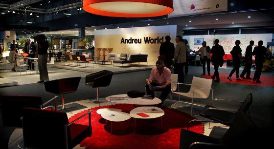 Las firmas galardonadas con los Premios Nacionales de Diseño, como la valenciana Andreu World, tienen un espacio propio en Habitat.