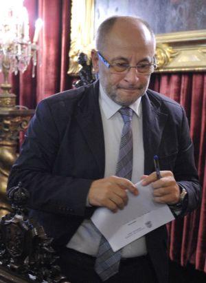 Rodríguez, ayer al finalizar un pleno en el Ayuntamiento de Ourense.