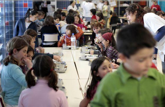 Solo uno de cada tres alumnos accede a un beca ntegra de for Beca de comedor valencia