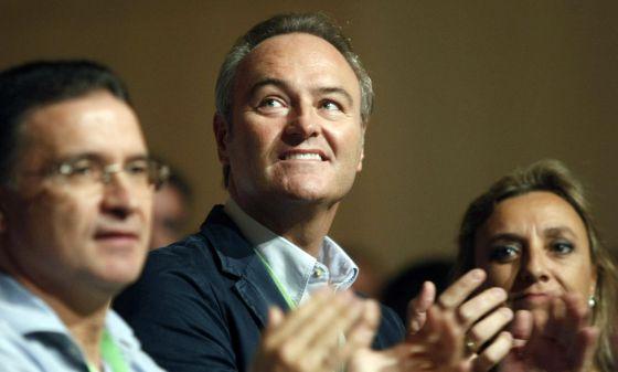 Alberto fabra, ayer, en el congreso de Nuevas Gerneraciones celebrado en Castellón.