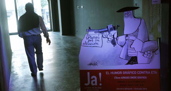 Entrada a la exposición Humor gráfico contra ETA en la Alhóndiga de Bilbao.