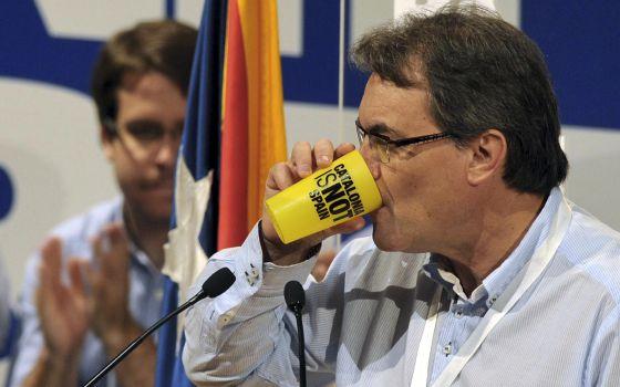 Artur Mas, durante su intervención en el congraso de la JNC