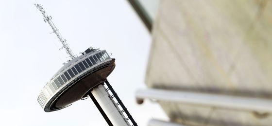 El Faro de Moncloa, cerrado desde agosto de 2008 por incumplir la normativa de seguridad.