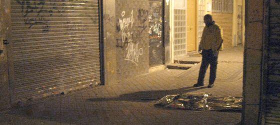 El cadáver del hombre, en la calle Sarriá.