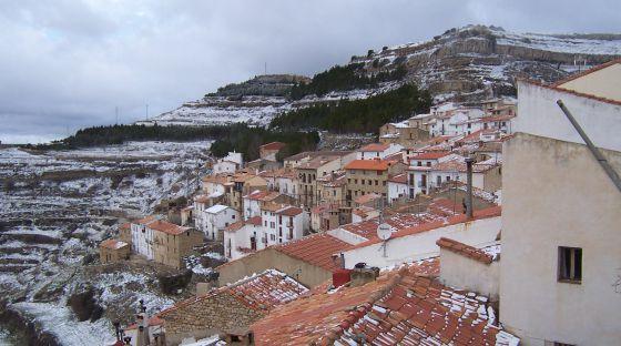 Ares del Maestrat tras la nevada.