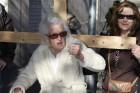 Una anciana de 99 años denuncia que la CAM le retiene tres millones