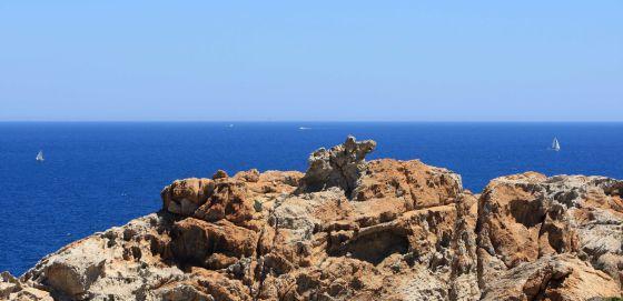 Volen buscar jaciments petrolifers davant la costa del Cap de Creus