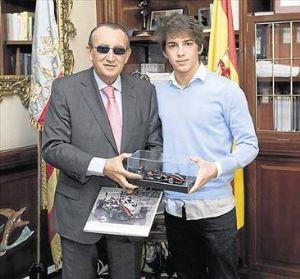 Carlos Fabra recibió en 2010 a Roberto Merhi cuando era presidente de la Diputación de Castellón.