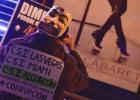 Centenares de personas protestan en Madrid contra Eurovegas