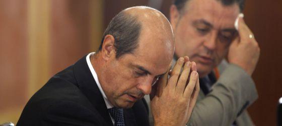 El ex director comercial de Vitalia, Antonio Albarracín, durante su comparecencia en la comisión parlamentaria de los ERE.