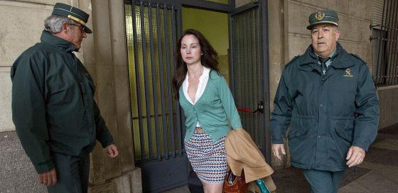 La juez Mercedes Alaya, saliendo hoy de los juzgados de Sevilla.