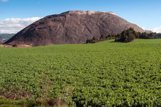 Montaña artificial de sal de El Cogulló, en Sallent.
