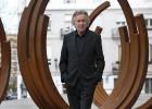 """Venet: """"El estilo es un obstáculo para la expresión artística"""""""