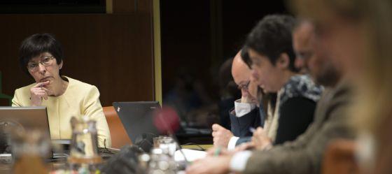 La consejera de Seguridad, Estefanía Beltrán de Heredia, en su comparecencia en el Parlamento este lunes.