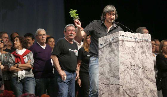 Jon Garmendia, uno de los portavoces del colectivo de exiliados de ETA, en el acto celebrado en Biarritz.