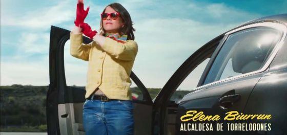 Fotograma del anuncio que protagoniza Elena Biurrún.