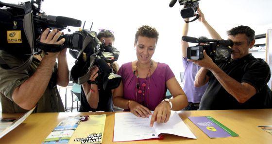 La l nea abre una oficina para afectados por las colas for Oficina ryanair madrid