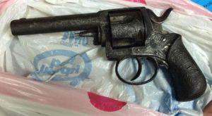 El revólver con el que un hombre ha irrumpido en la casa de Bárcenas.