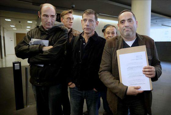 Diez entidades denuncian a un sindicato de los Mossos por el 'caso Benítez'