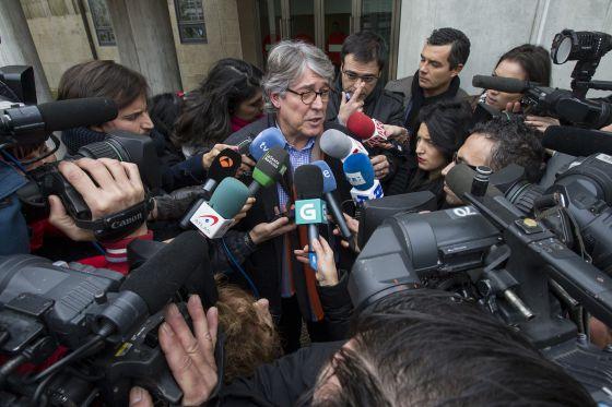 El abogado de Rosario Porto atiende a los medios