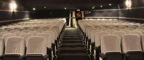 Interior de los antiguos cines Renoir en Majadahonda.