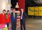 Correos de San Sebastián recoge 200 juguetes para Cruz Roja