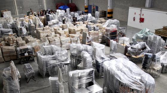 Depósito de muebles y enseres en el Almacén de la Villa, donde el Ayuntamiento guarda sus bienes, además de objetos obtenidos por embargos.