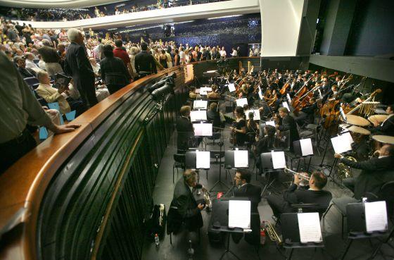 Músicos de la Orquestra de la Comunitat Valenciana en una representación operística en el Palau de les Arts.