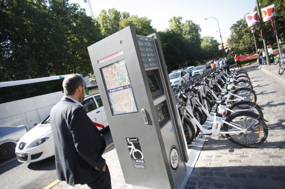 A BiciMad docking station in Madrid.