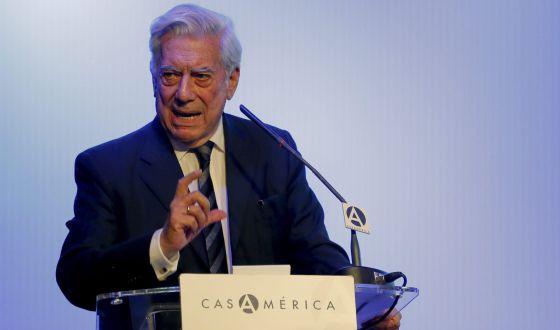El escritor Mario Vargas Llosa, durante un foro en Madrid, el 8 de julio.