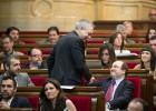 Juego de sillas en la bancada socialista del Parlament
