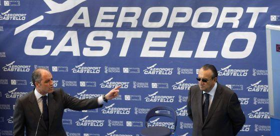 Francisco Camps y Carlos Fabra, en el acto inaugural del aeropuerto de Castellón el 25 de marzo de 2011.