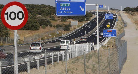 Carretera de los pantanos, la M-501 (Madrid).