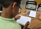 Lápices y cuadernos para más de 5.700 niños en situación vulnerable