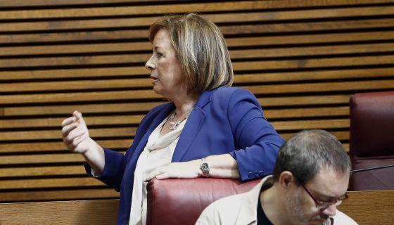 La portavoz de EUPV en Las Cortes Valencianas, Marga Sanz, en uno de los debates de política general.