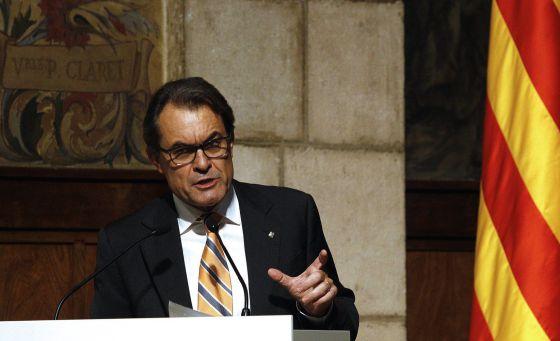 Artur Mas, durante la presentación del 'Libro Blanco de la Transición Nacional de Catalunya'