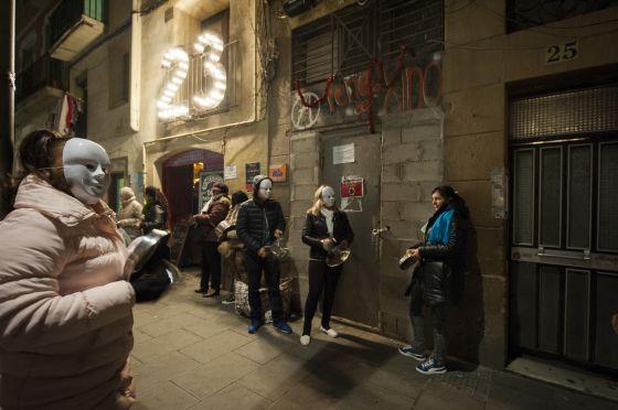 prostitutas facebook prostitutas raval barcelona