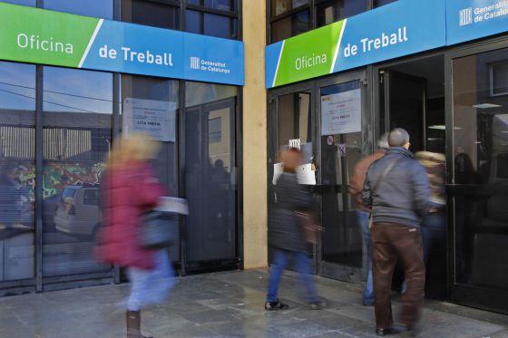Una sent ncia obliga el soc a admetre cursos de formaci for Oficinas soc barcelona