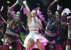 Katy Perry apabulla pero no llena