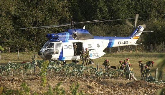 Helicoptero contraincendios de la Xunta / NACHO GÓMEZ